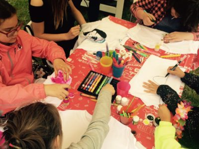 Jak dzieci same malowały koszulki - galeria zdjęć :)